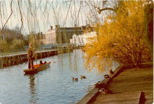 The River Cam on the campus of the University of Cambridge. - BCA