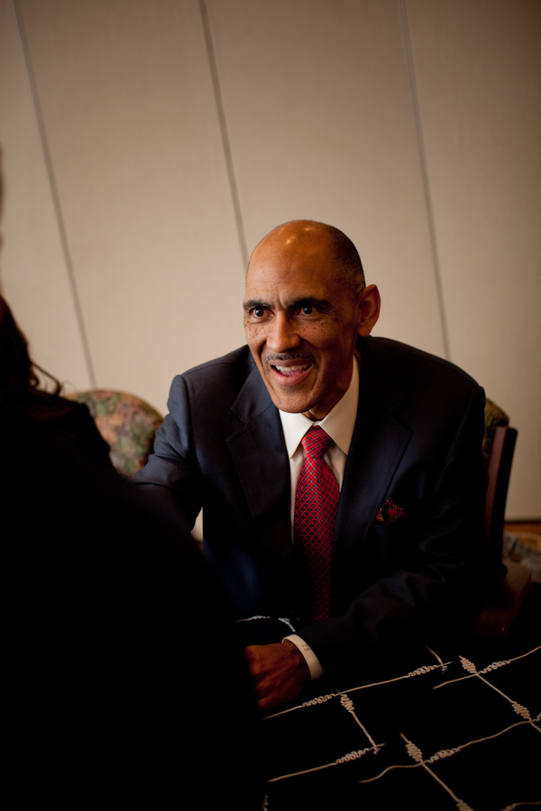 Coach Tony Dungy greets students at Messiah College